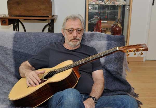 Dumont - FBG Parlor Guitar